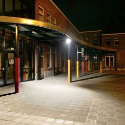 Paalbescherming school